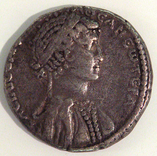 Coin of Cleopatra.jpg